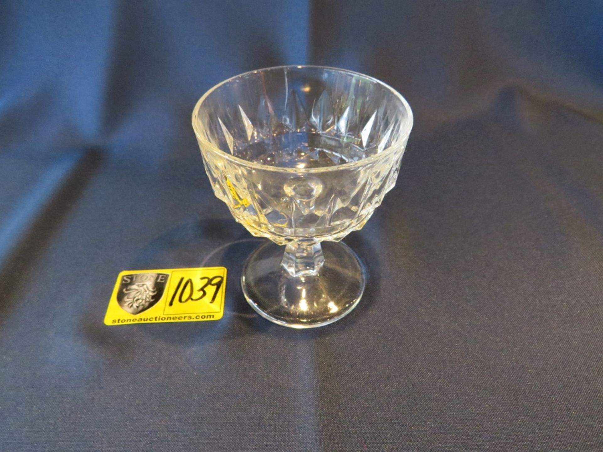 Lot 1039 - SHERBET CRYSTAL TALL