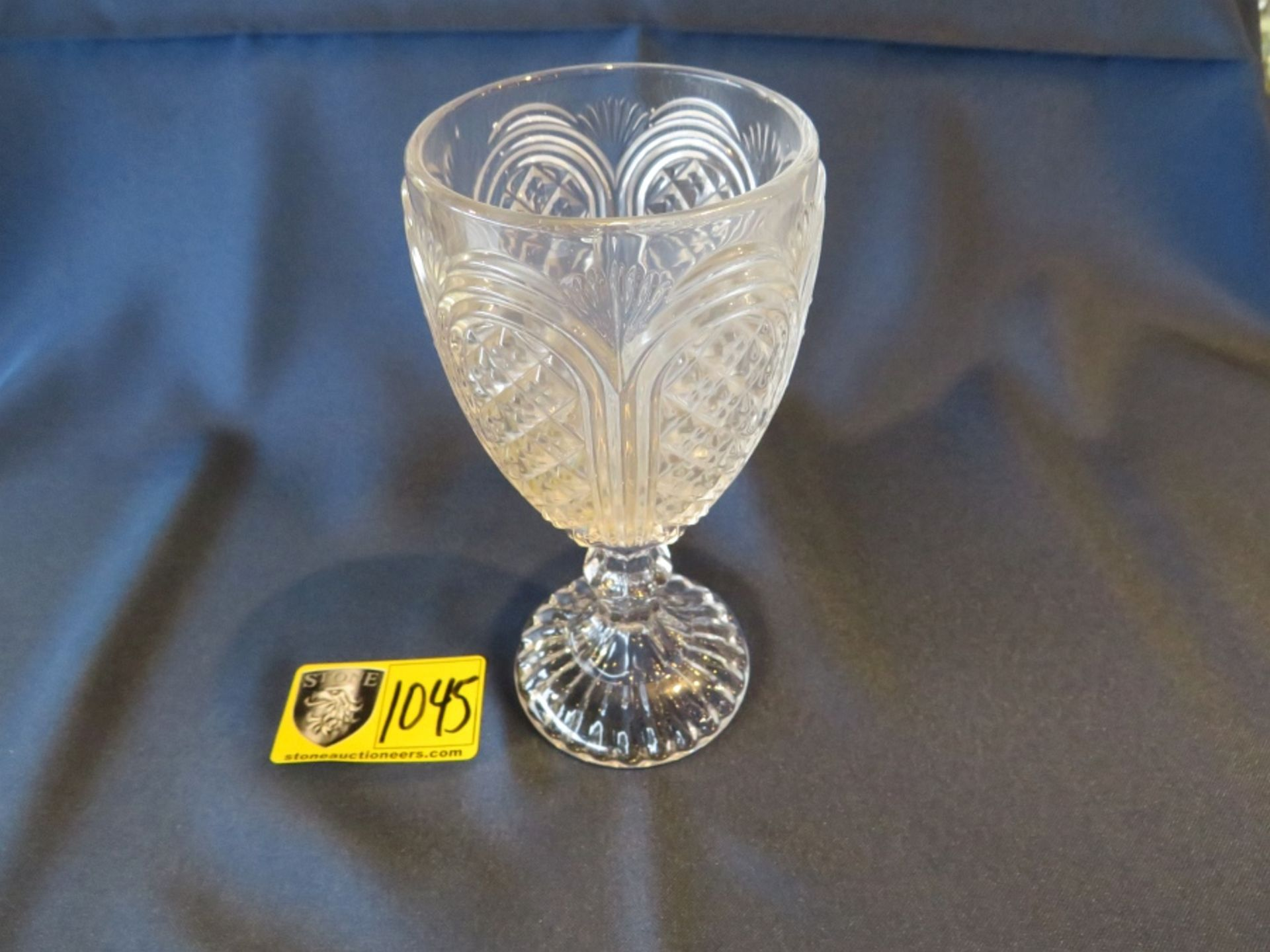 Lot 1045 - WATER GOBLET CAROUSEL GLASS ( Approx. 250 NEW in box)