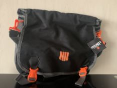 10 X BRAND NEW OFFICIAL CALL OF DUTY MESSENGER BAGS
