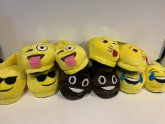 12 X BRAND NEW BOXED EMOJI SLIPPERS IN VARIOUS STYLES