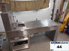 Animal scientek autopsy table