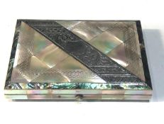 Antique mother of pearl & silver card case measures approx 10.6cm by 7.7cm and 1.7cm deep with