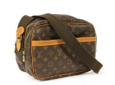 A Louis Vuitton monogrammed canvas 'Reporter' shoulder bag,