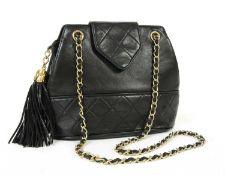 A Chanel black lambskin leather shoulder bag