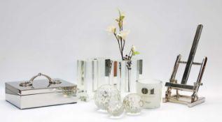 Decorative items,