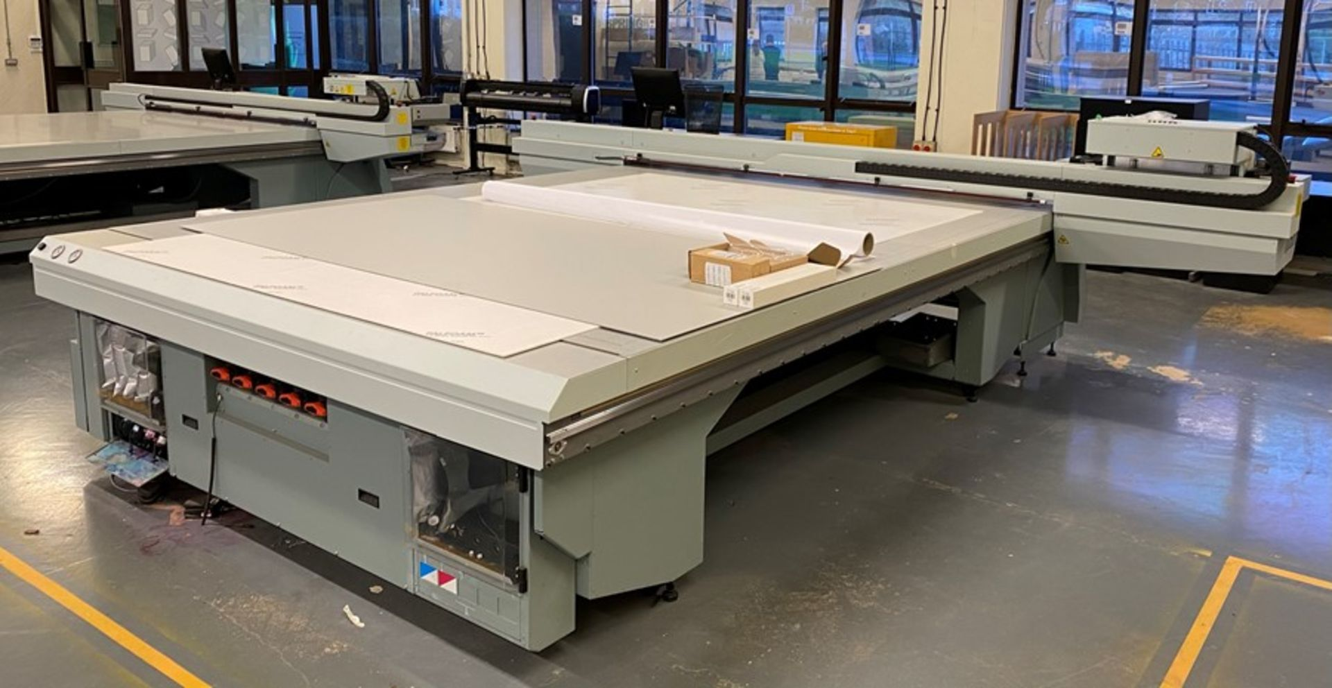 Oce Arizona 660 XT UV flatbed printer (2015) - Image 16 of 22