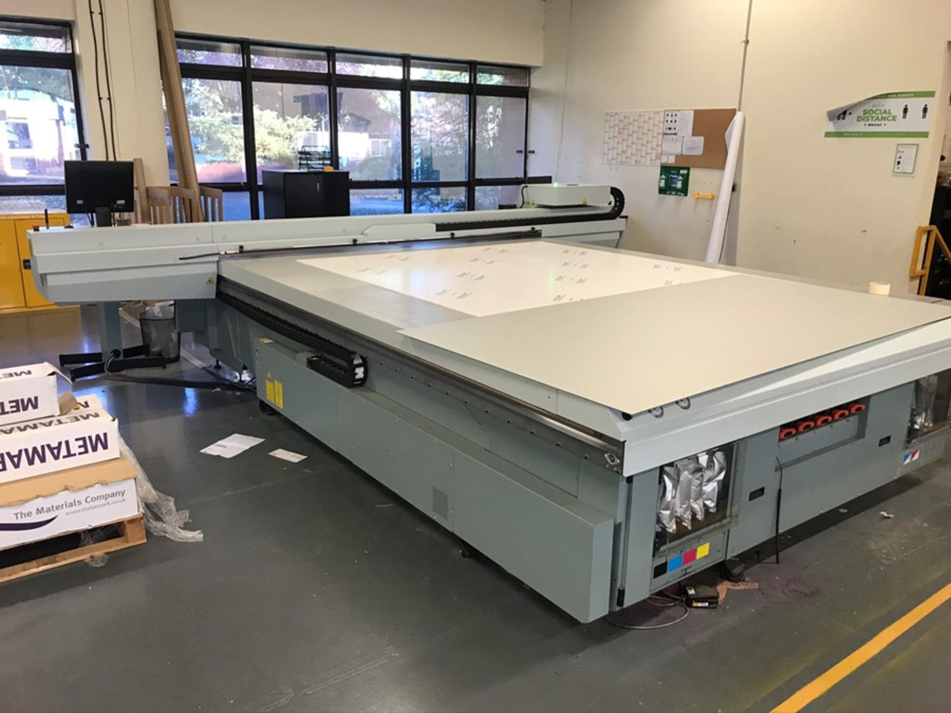 Oce Arizona 660 XT UV flatbed printer (2015) - Image 5 of 22