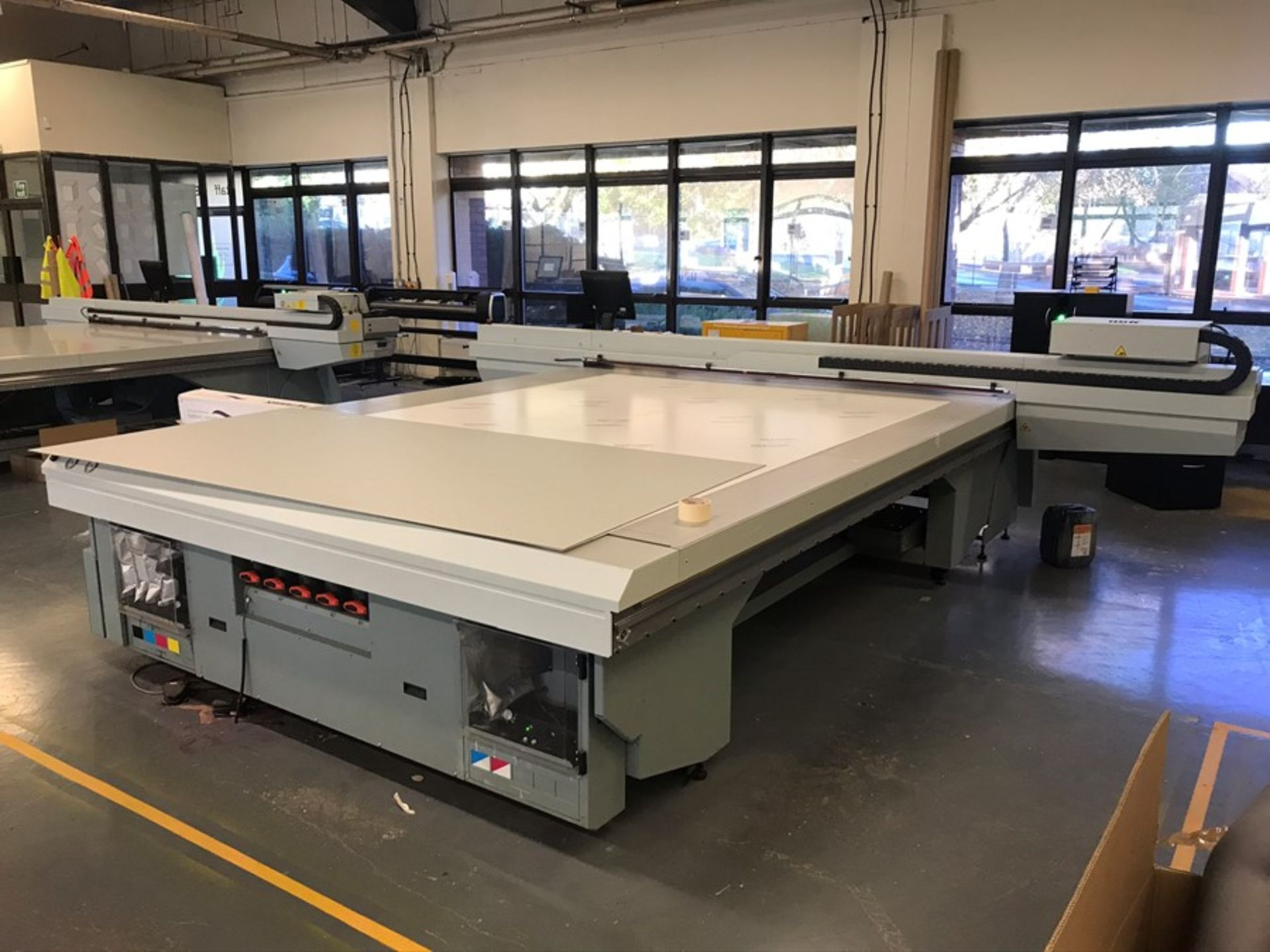 Oce Arizona 660 XT UV flatbed printer (2015)