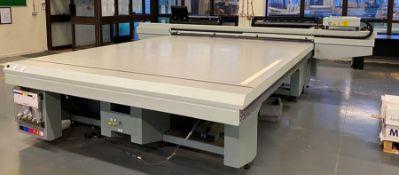 Oce Arizona 550XT + WIO UV flatbed printer (2013)