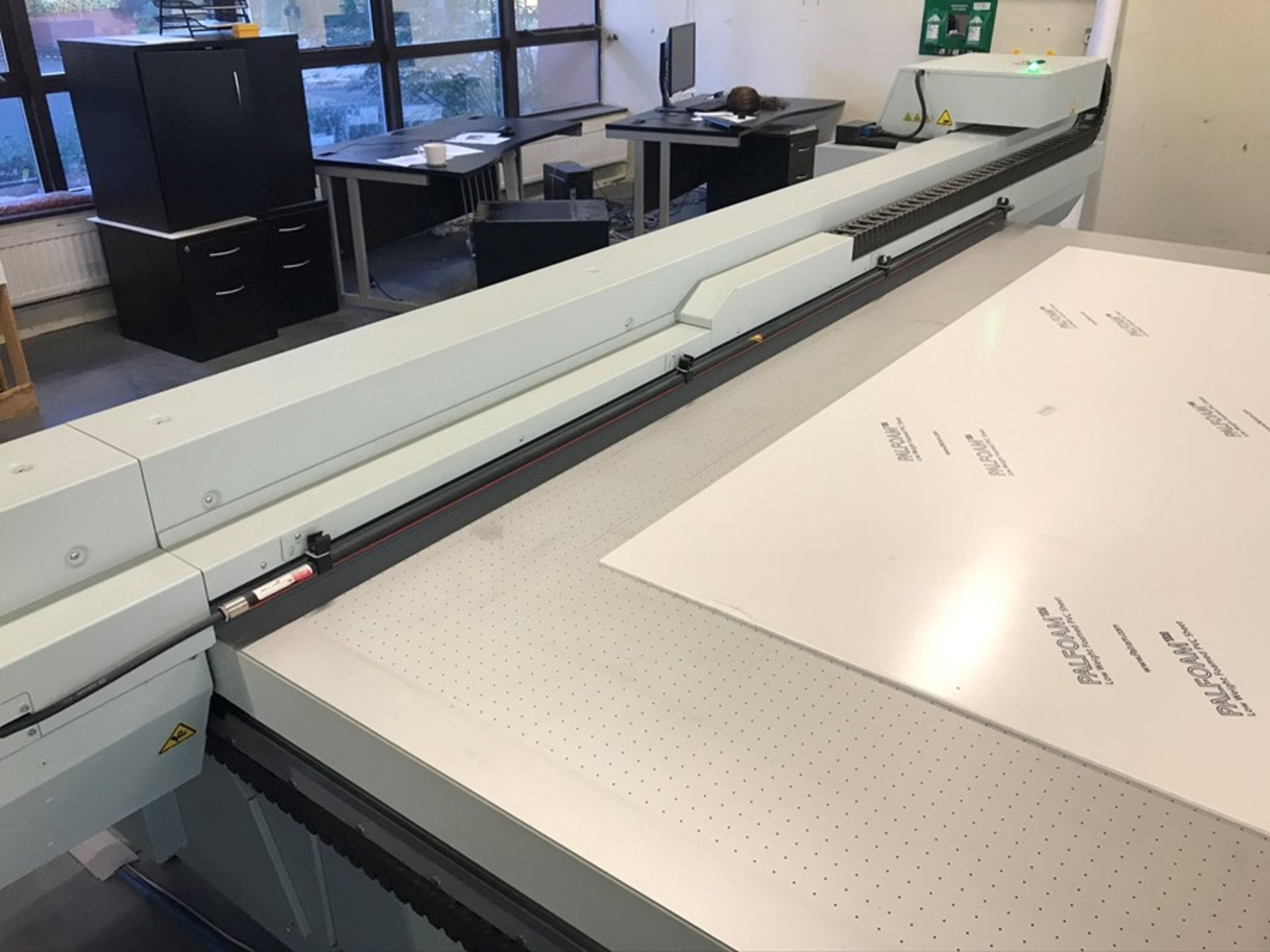 Oce Arizona 660 XT UV flatbed printer (2015) - Image 15 of 22