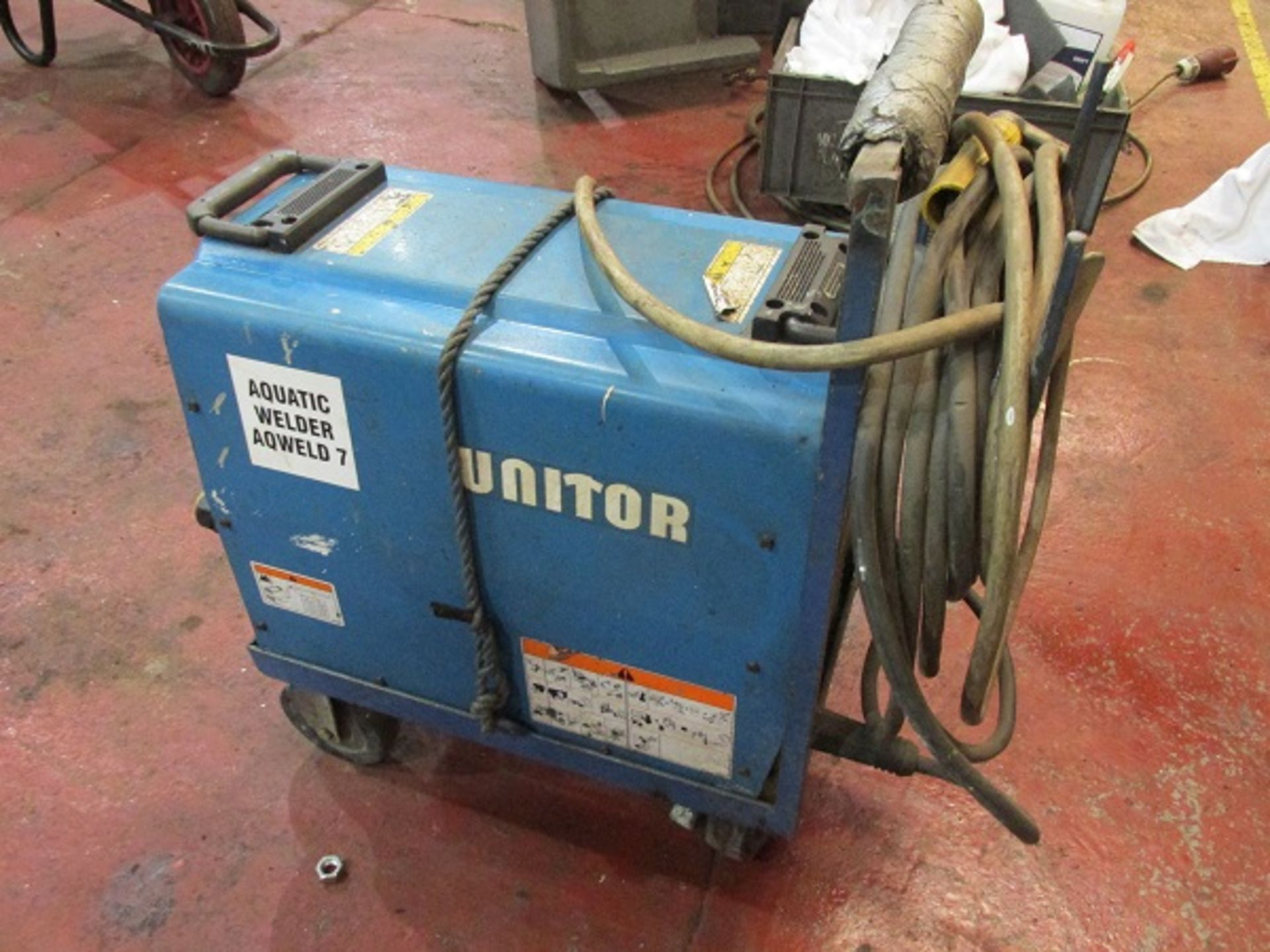 Lot 31 - Unitor UWI 400 Welder