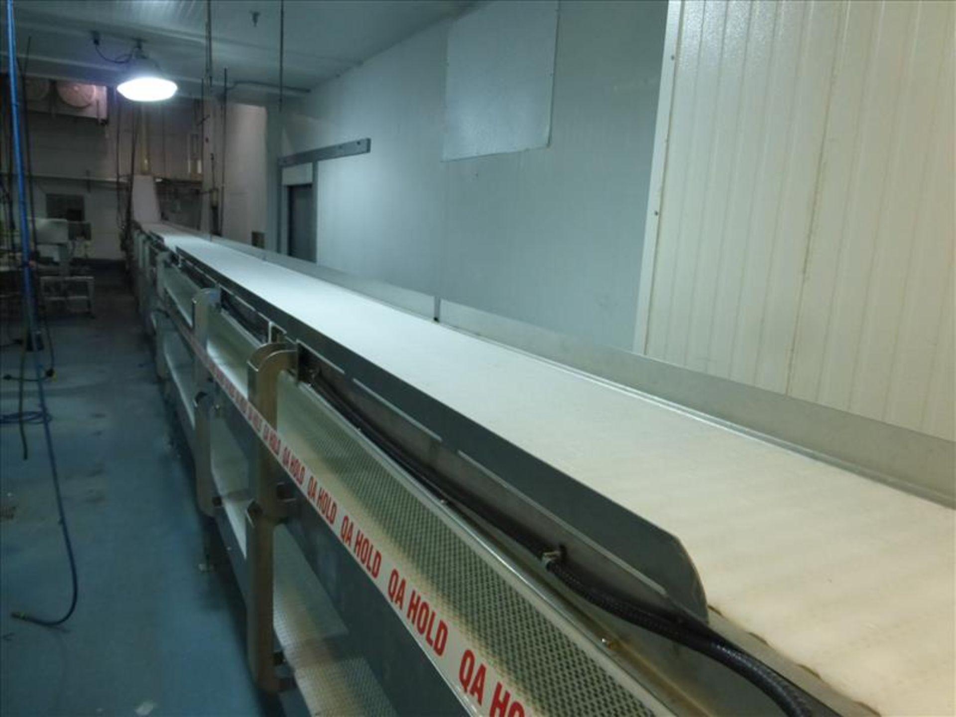 Lot 101 - conveyor, s/s, powered, interlox belt, approx. 20 in. x 60 ft. (empty case conveyor)