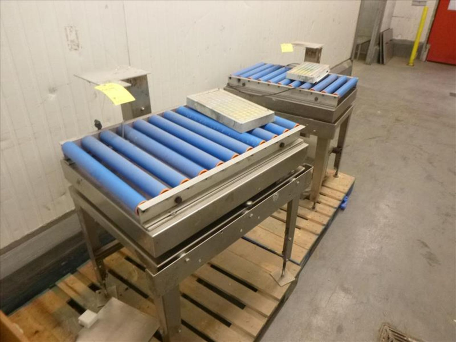 Lot 94 - (2) Bizerba in-line check-weigher s/s platform/rollers, 23 in. x 31 in.