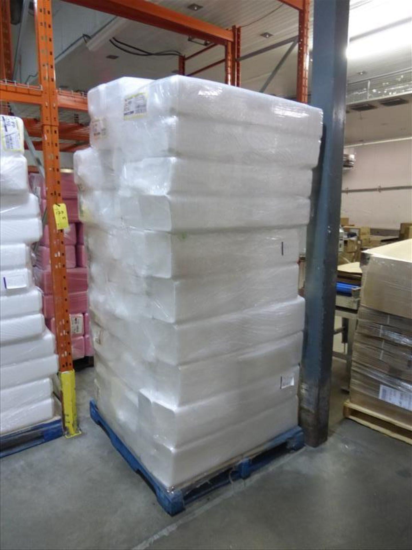 Lot 202 - (33 bundles, 13200) 3XPP - PZ40 overwrap foam trays, Cascade, white