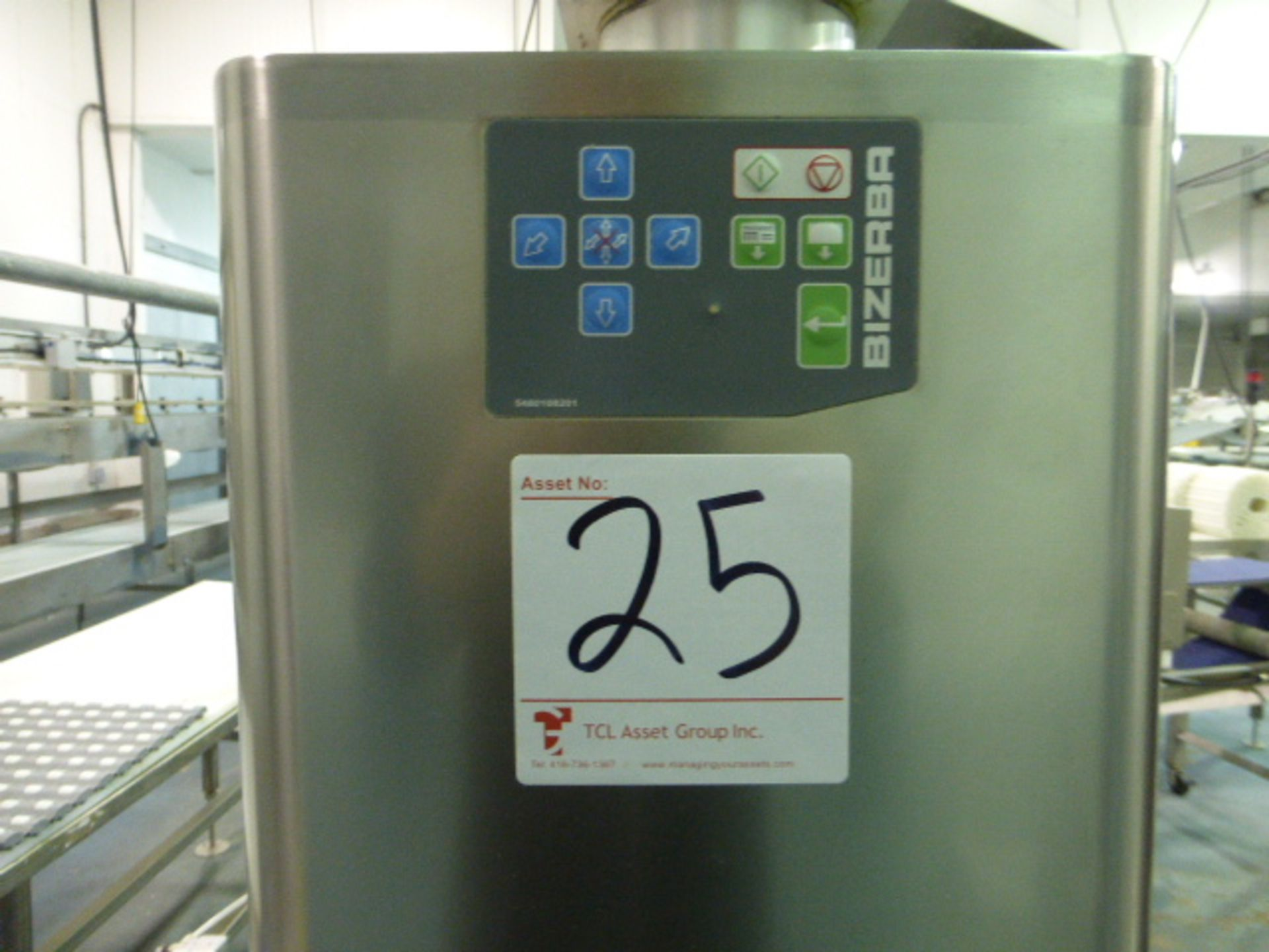 Lot 25 - Bizerba labeler (SLAVE), p/n 5484701002, s/n 10835201 c/w conveyor/stand