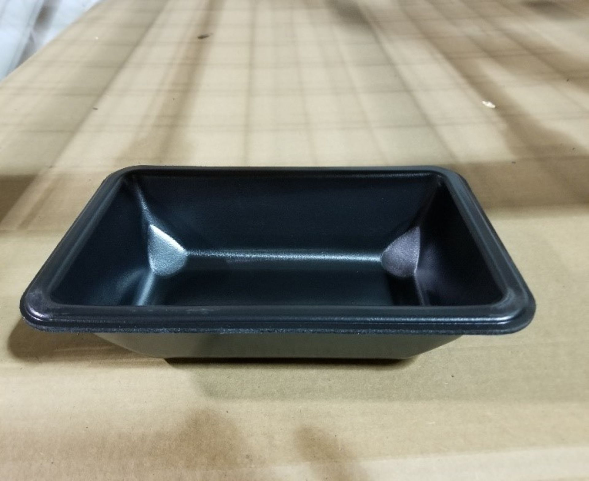 Lot 196 - (2 pallets, 6000) F8610 MAP trays NOVIPAX black
