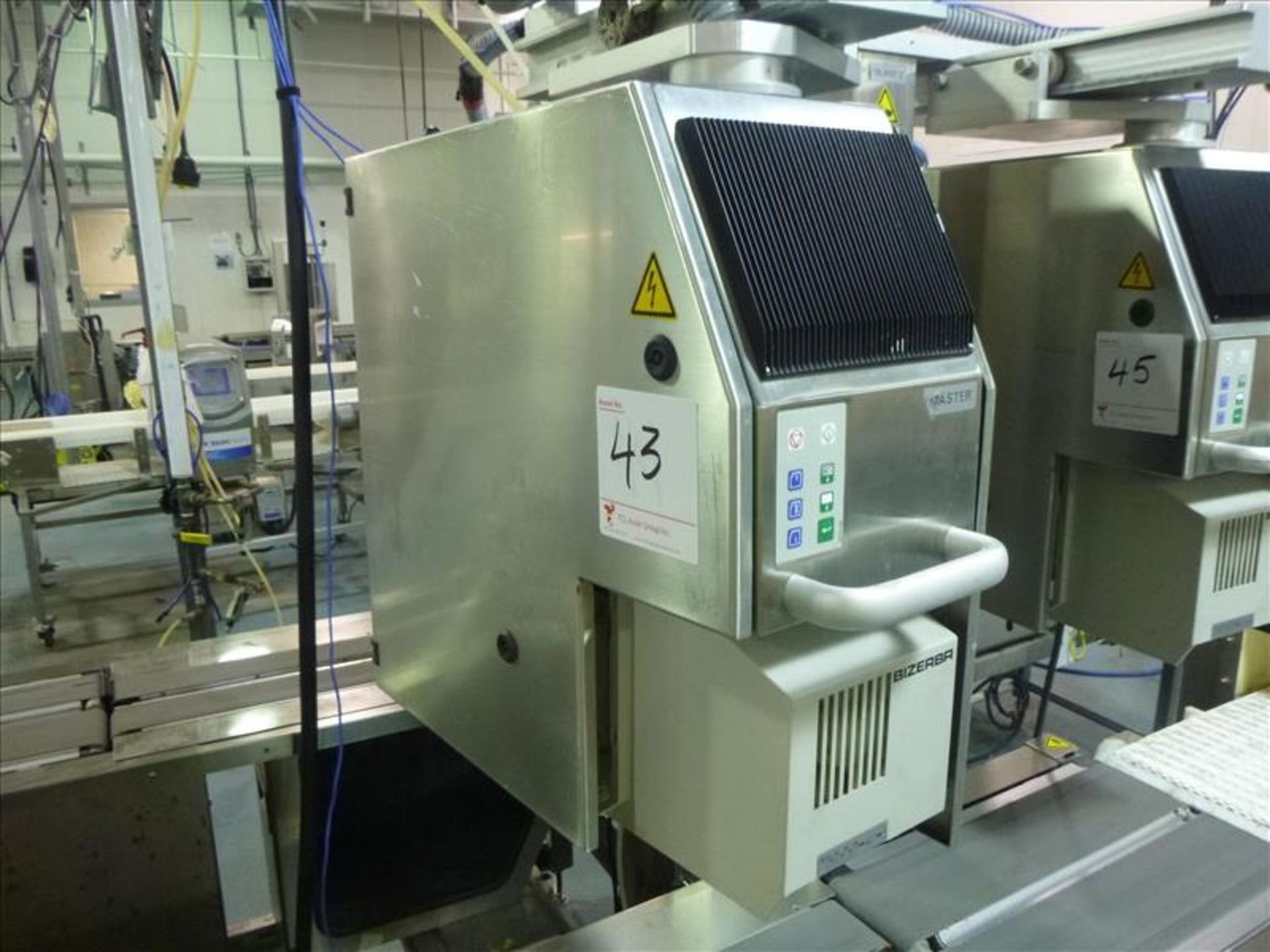 Lot 43 - Bizerba in-line check-weigher system (MASTER) w/ Bizerba GS label printer and Bizerba AB controller,