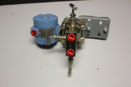 ROSEMOUNT 1151 PRESSURE TRANSMITTER W/ MANIFOLD & MOUNT