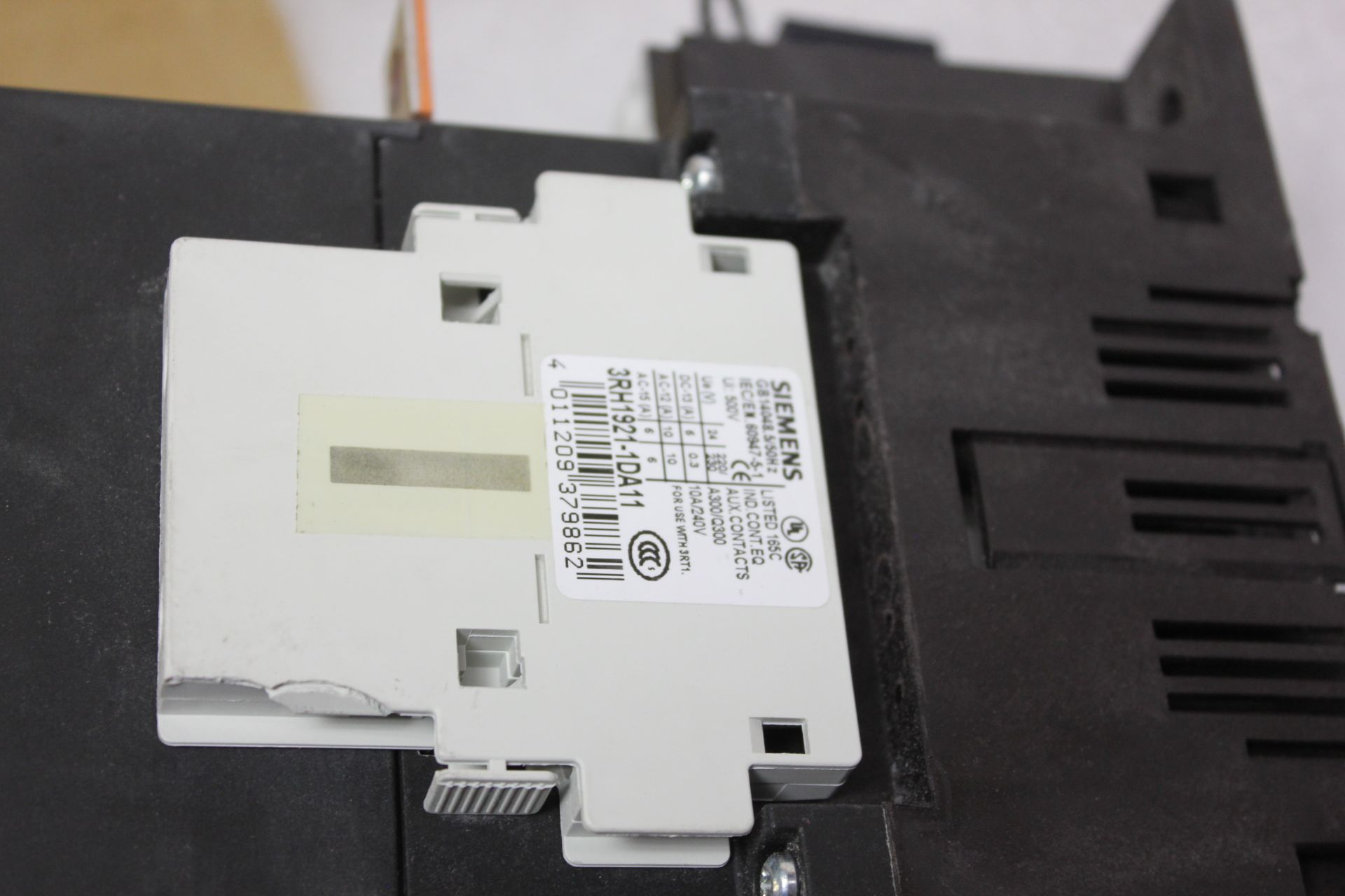 SIEMENS 350A CONTACTOR - Image 5 of 9