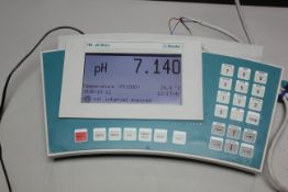 METROHM 780 PH METER