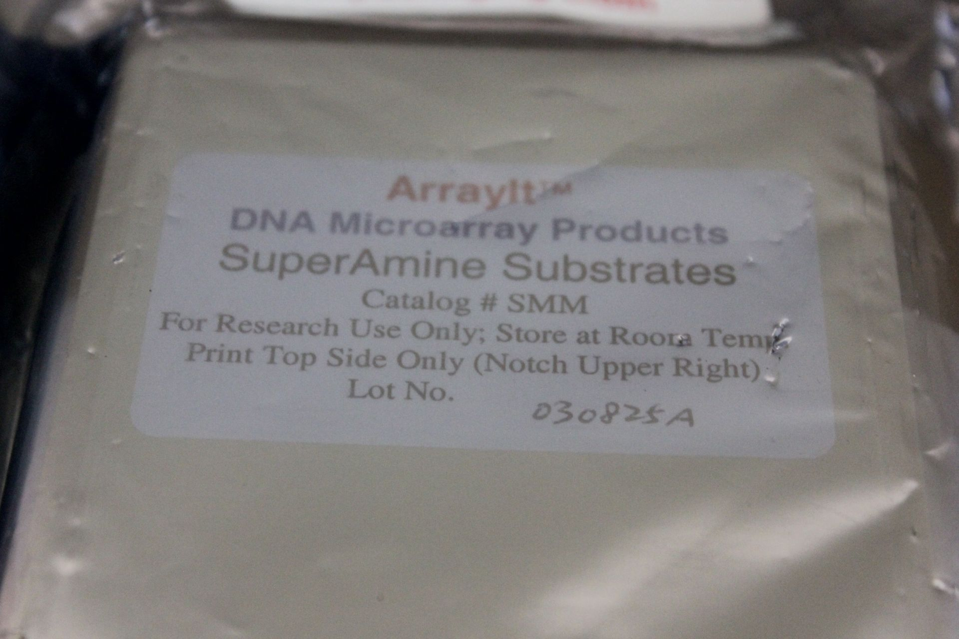 LOT OF 2 NEW ARRAYIT DNA MICROARRAY CASSETTES - Image 3 of 3