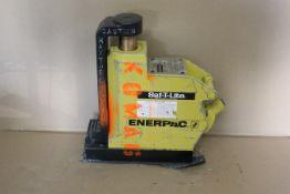 ENERPAC SAF-T-LITE HYDRAULIC JACK