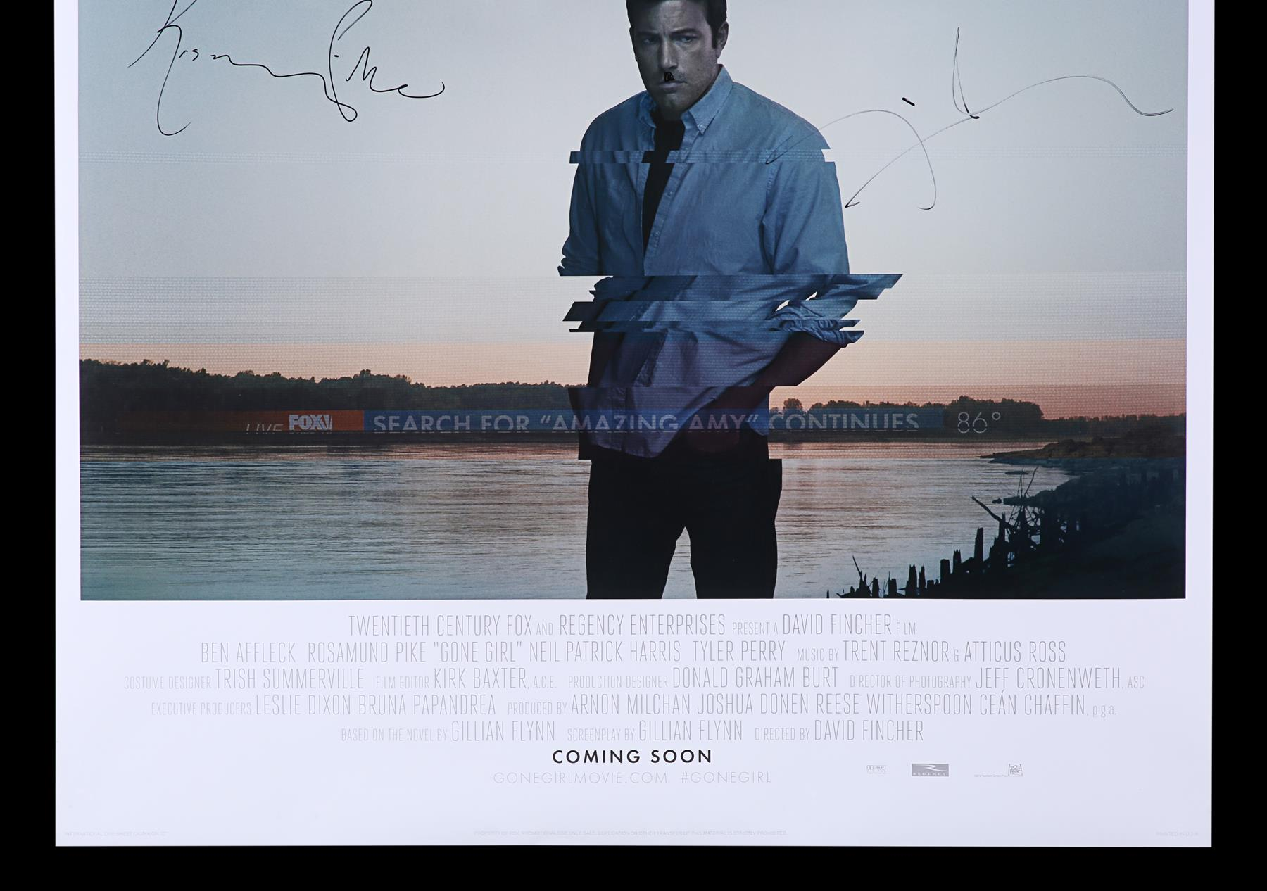 GONE GIRL (2014) - Poster Autographed by David Fincher and Rosamund Pike - Image 3 of 7