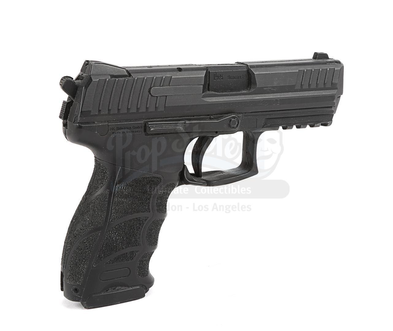 THE AVENGERS (2012) - Hawkeye's (Jeremy Renner) H&K P30 Stunt Pistol - Image 5 of 10