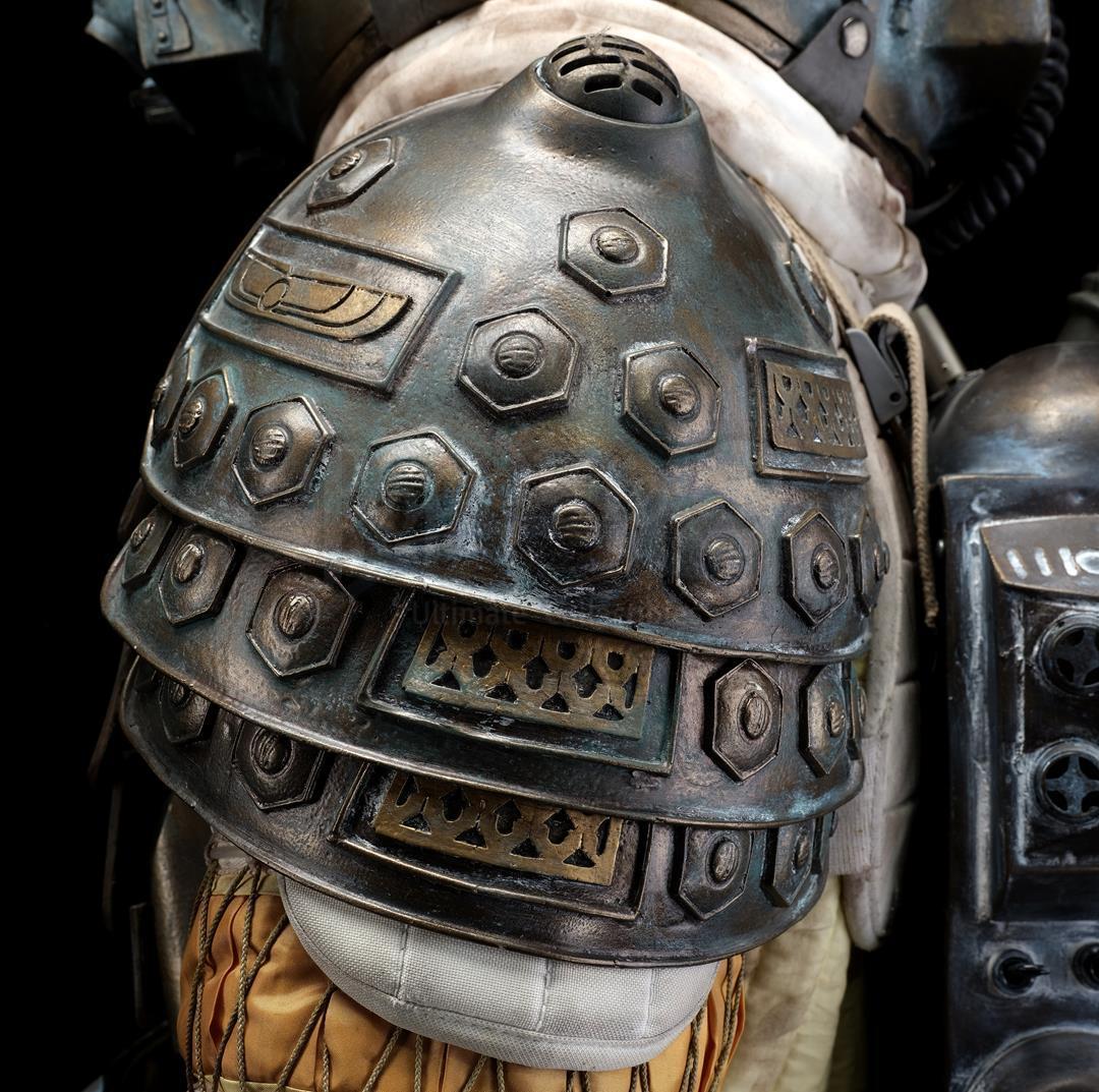 ALIEN (1979) - Light-up Replica Thomas Kane (John Hurt) Spacesuit Display - Image 8 of 15