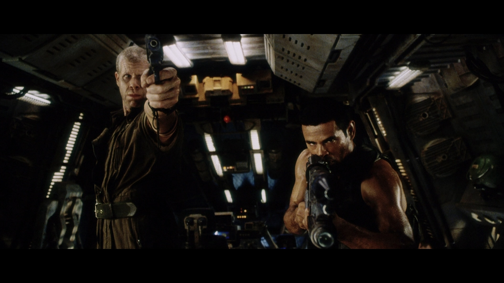 ALIEN RESURRECTION (1997) - Light-Up AR-2 Rifle - Image 19 of 19