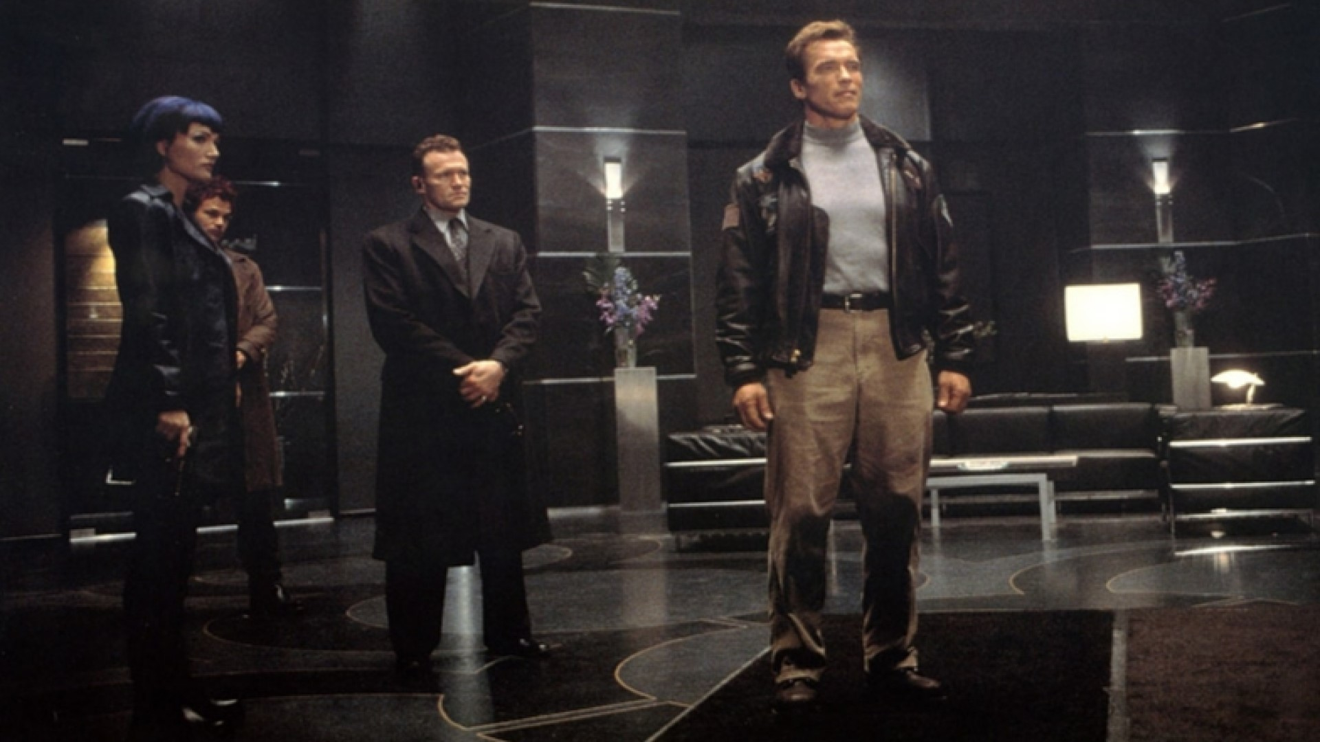 THE 6TH DAY (2000) - Adam Gibson's (Arnold Schwarzenegger) Leather Jacket - Image 15 of 15