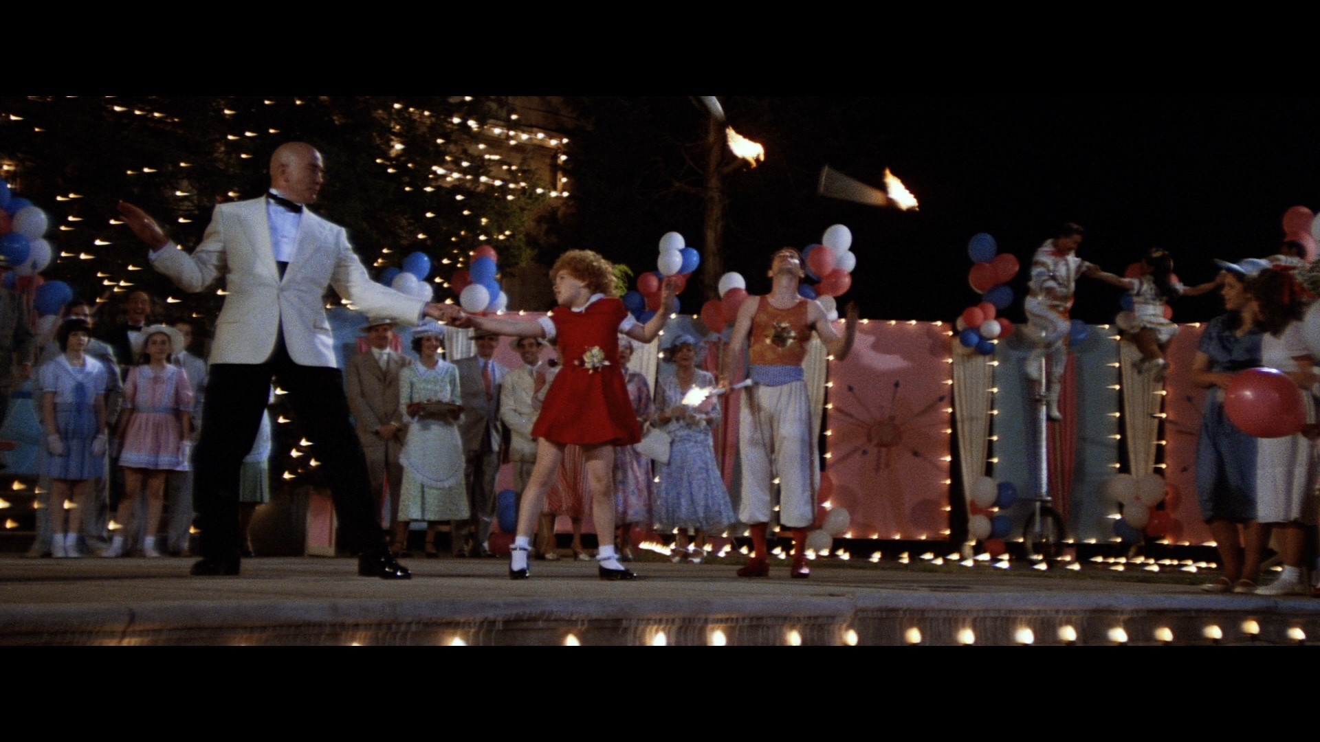 ANNIE (1982) - Daddy Warbucks' (Albert Finney) Tuxedo Jacket - Image 10 of 12