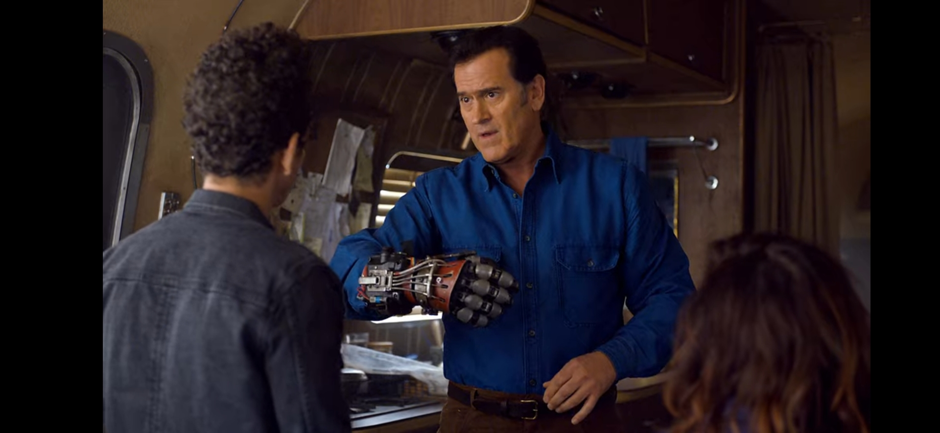 ASH VS EVIL DEAD (TV SERIES) - Ash's (Bruce Campbell) Mechanical Hand - Image 12 of 12