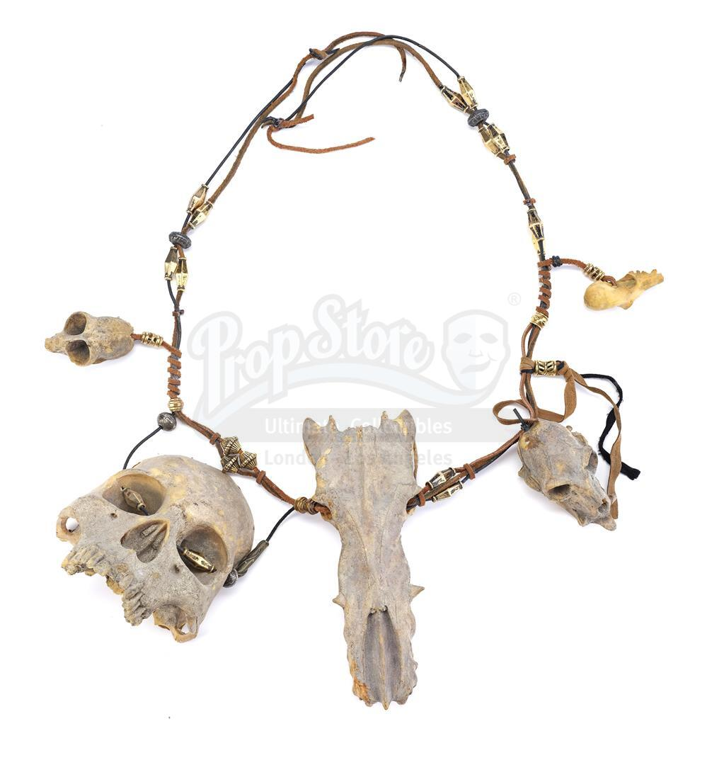 AVP: ALIEN VS. PREDATOR (2004) - Ancient Predator (Ian Whyte) Mask and Necklace - Image 5 of 7