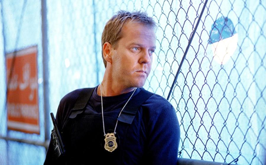 24 (TV SERIES, 2001-2010) - Jack Bauer's (Kiefer Sutherland) CTU Badge - Image 7 of 10