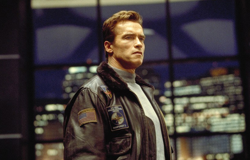 THE 6TH DAY (2000) - Adam Gibson's (Arnold Schwarzenegger) Leather Jacket - Image 11 of 15