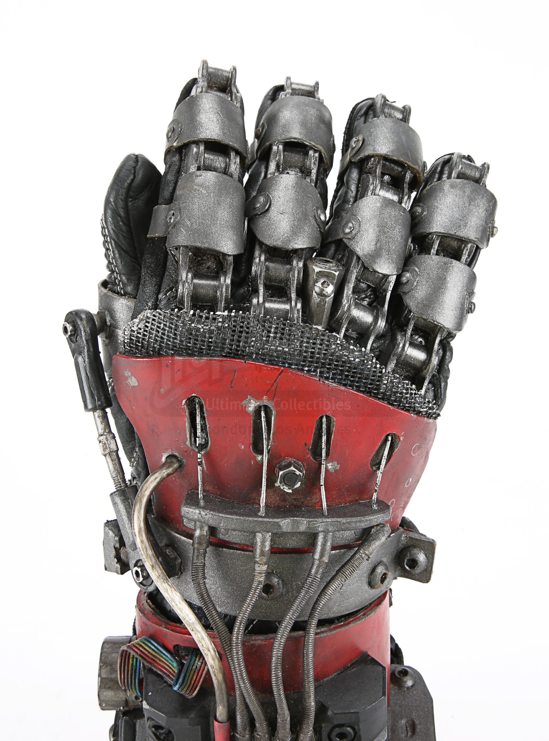 ASH VS EVIL DEAD (TV SERIES) - Ash's (Bruce Campbell) Mechanical Hand - Image 7 of 12