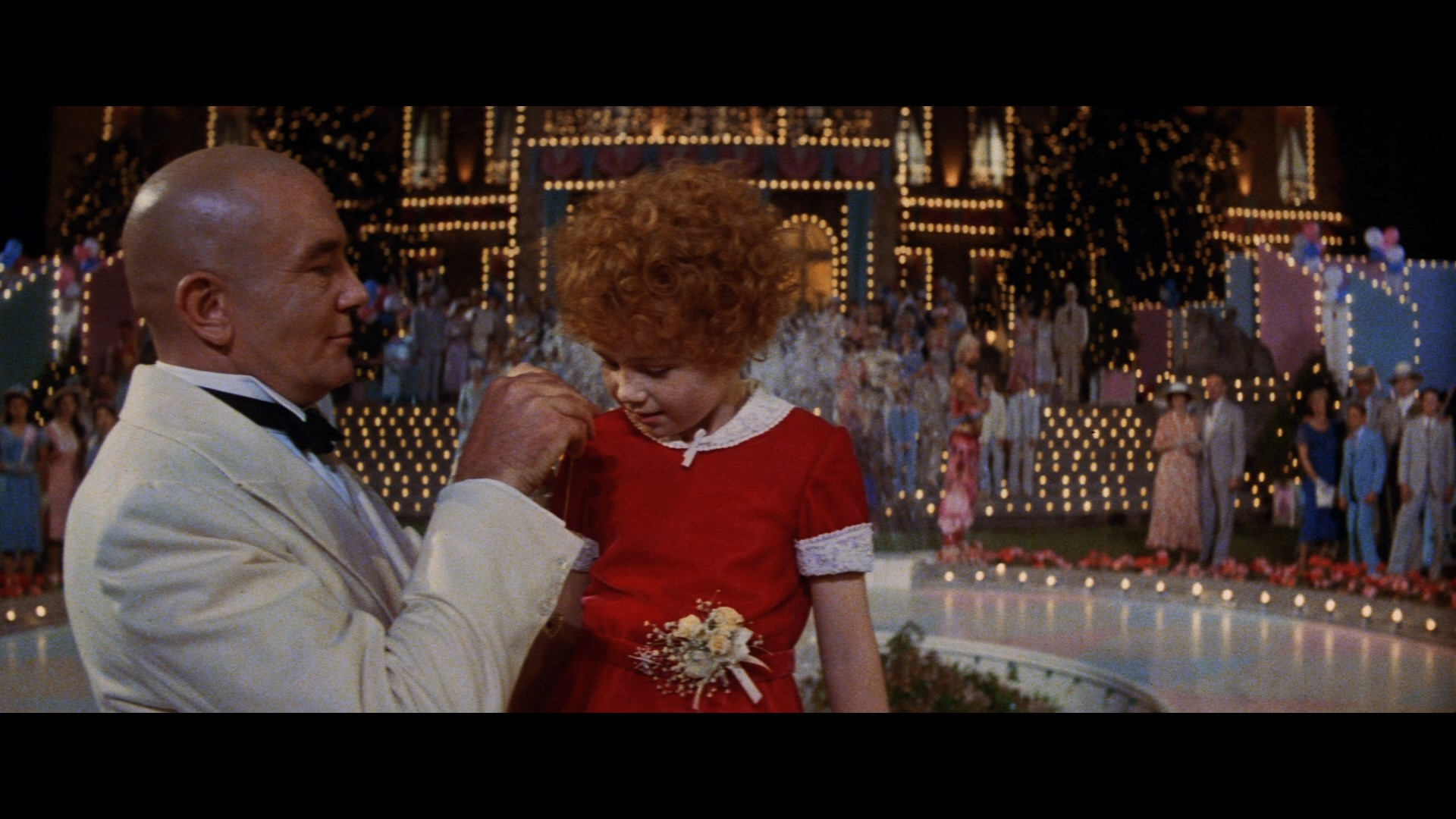 ANNIE (1982) - Daddy Warbucks' (Albert Finney) Tuxedo Jacket - Image 11 of 12