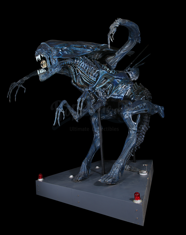 ALIENS (1986) - Full-size Promotional Alien Queen - Image 16 of 38