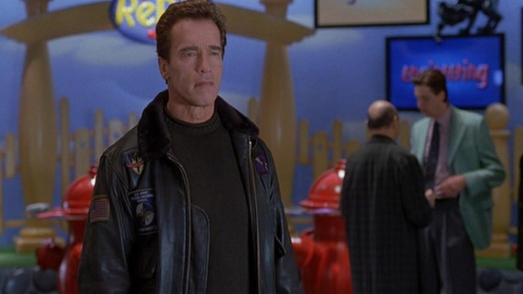 THE 6TH DAY (2000) - Adam Gibson's (Arnold Schwarzenegger) Leather Jacket - Image 13 of 15