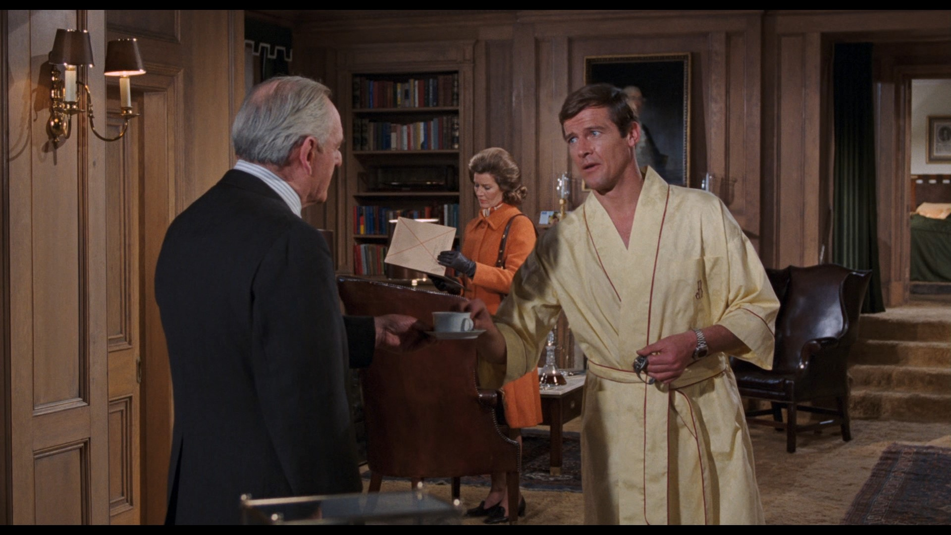 JAMES BOND: LIVE AND LET DIE (1973) - James Bond's (Roger Moore) Hamilton Pulsar Watch, On-set Photo - Image 13 of 13