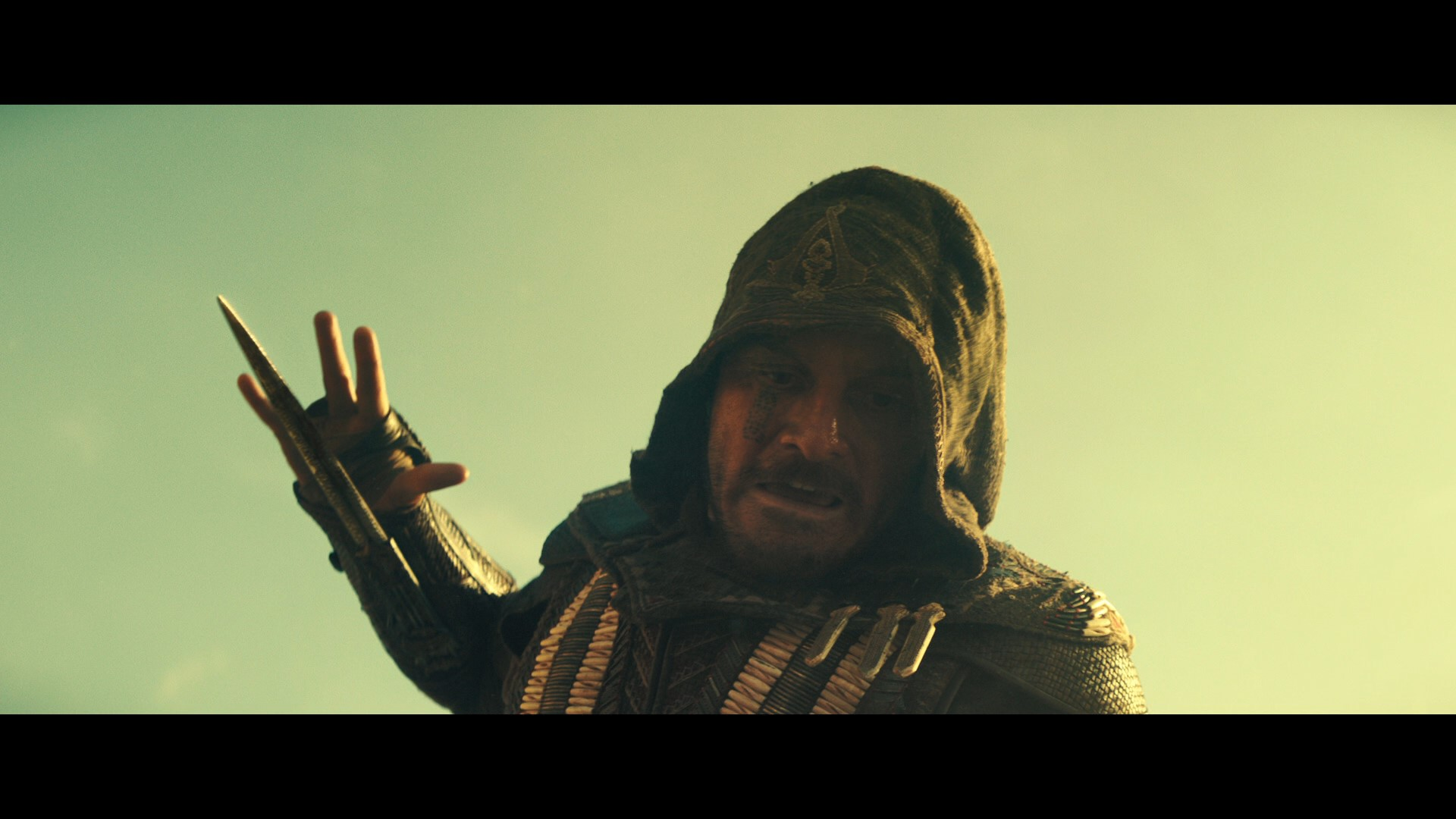 ASSASSIN'S CREED (2016) - Aguilar's (Michael Fassbender) SFX Wristblade - Image 13 of 17