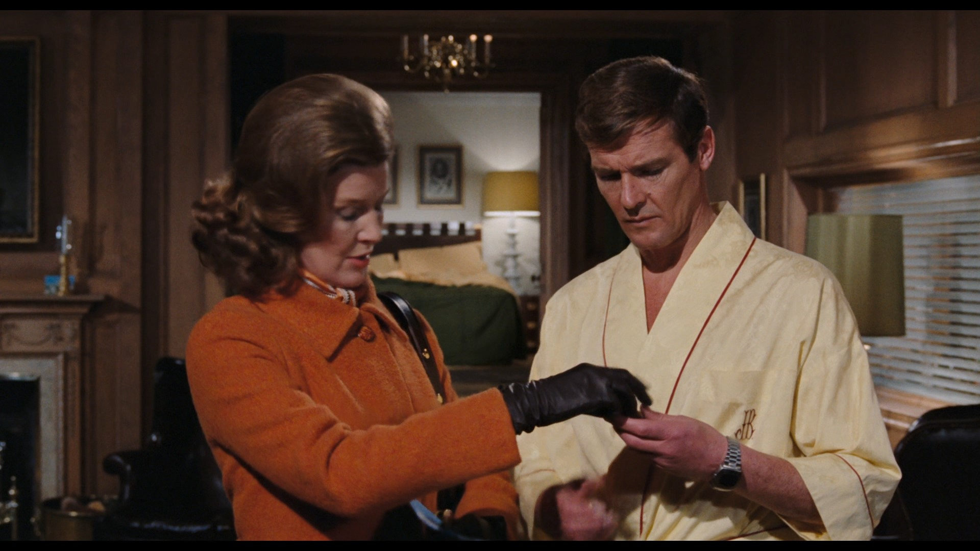 JAMES BOND: LIVE AND LET DIE (1973) - James Bond's (Roger Moore) Hamilton Pulsar Watch, On-set Photo - Image 11 of 13