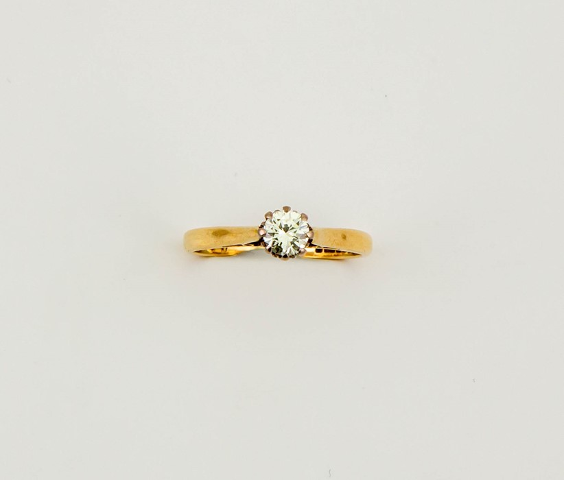 Lot 16 - An 18ct gold solitaire diamond ring, the brilliant cut diamond 0.50ct, size N, 2.7g.