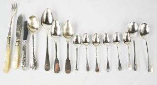 A set of five silver spoons with twist handles, and a selection of various silver spoons, 6.2toz.