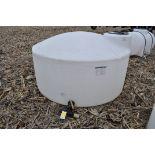 1100 gallon flat bottom poly tank