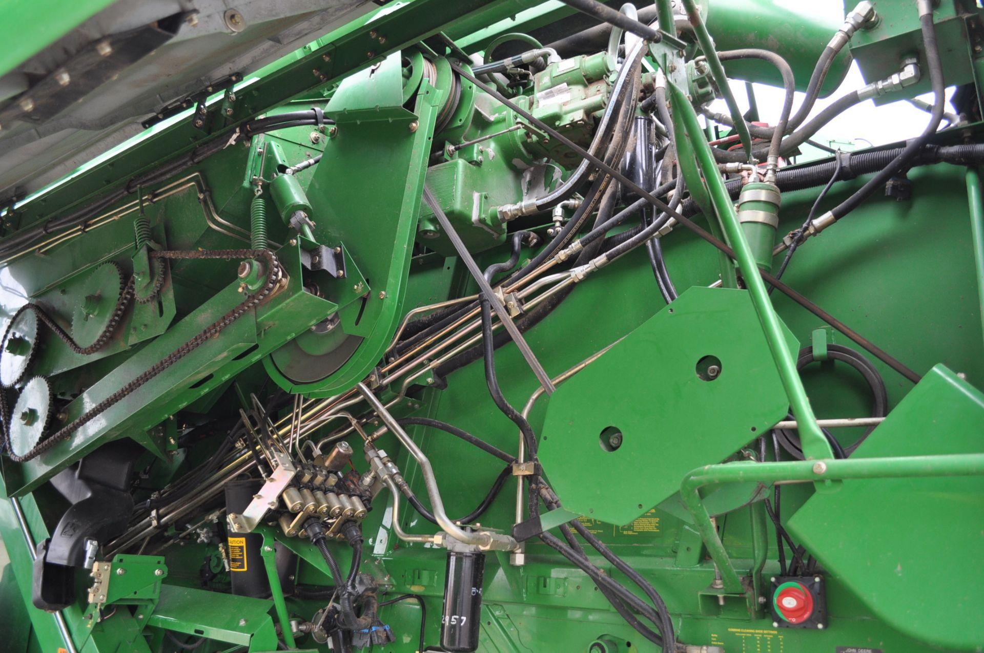 John Deere 9450 combine, 30.5-L32 drive, NEW 14.9-24 rear, chopper, chaff spreader, Mauer bin - Image 14 of 24