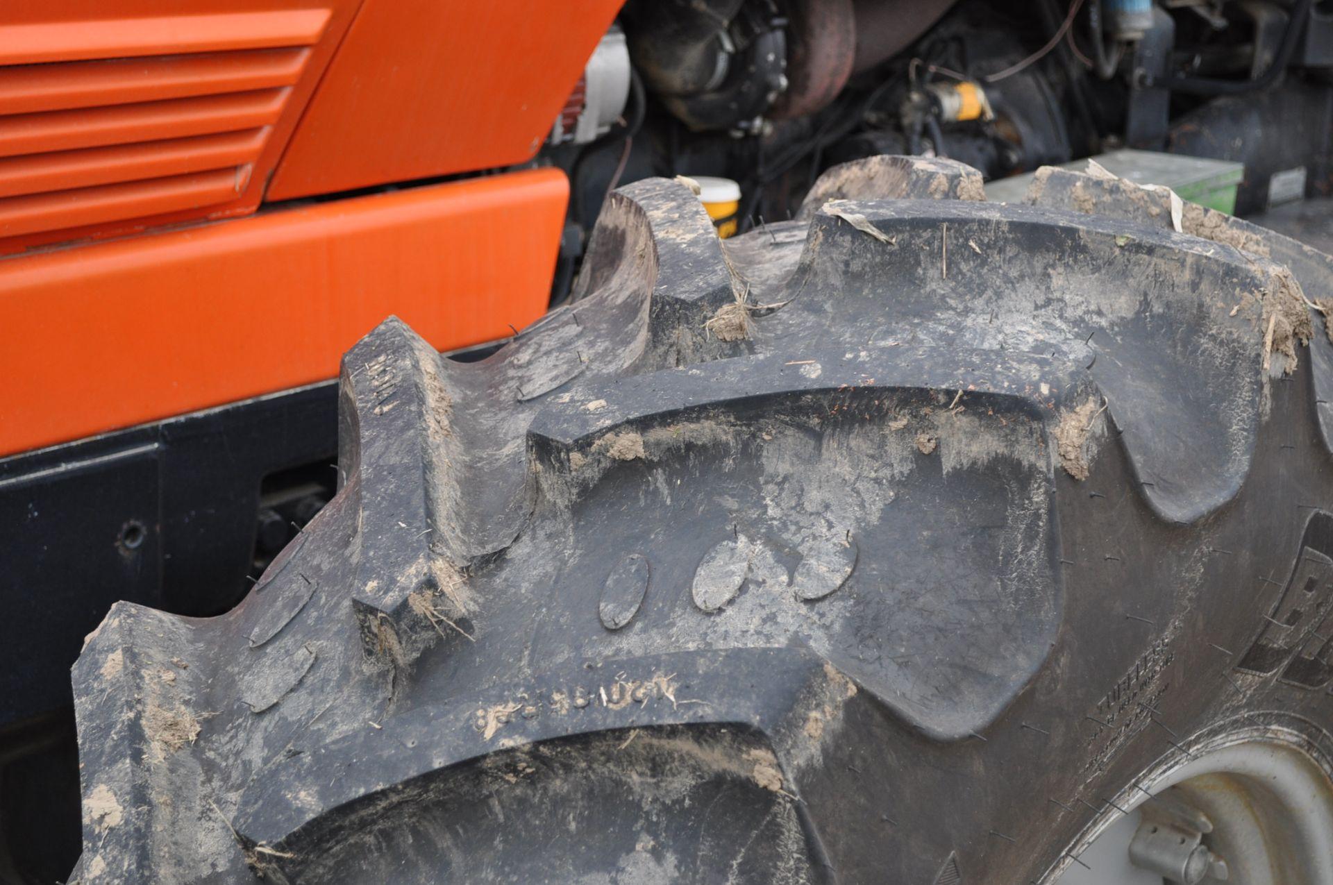 Deutz Allis 9150 tractor, MFWD, 18.4 R 42 duals, 420/85 R 28 tires, 6+3 speed range, 2 hyd - Image 5 of 20
