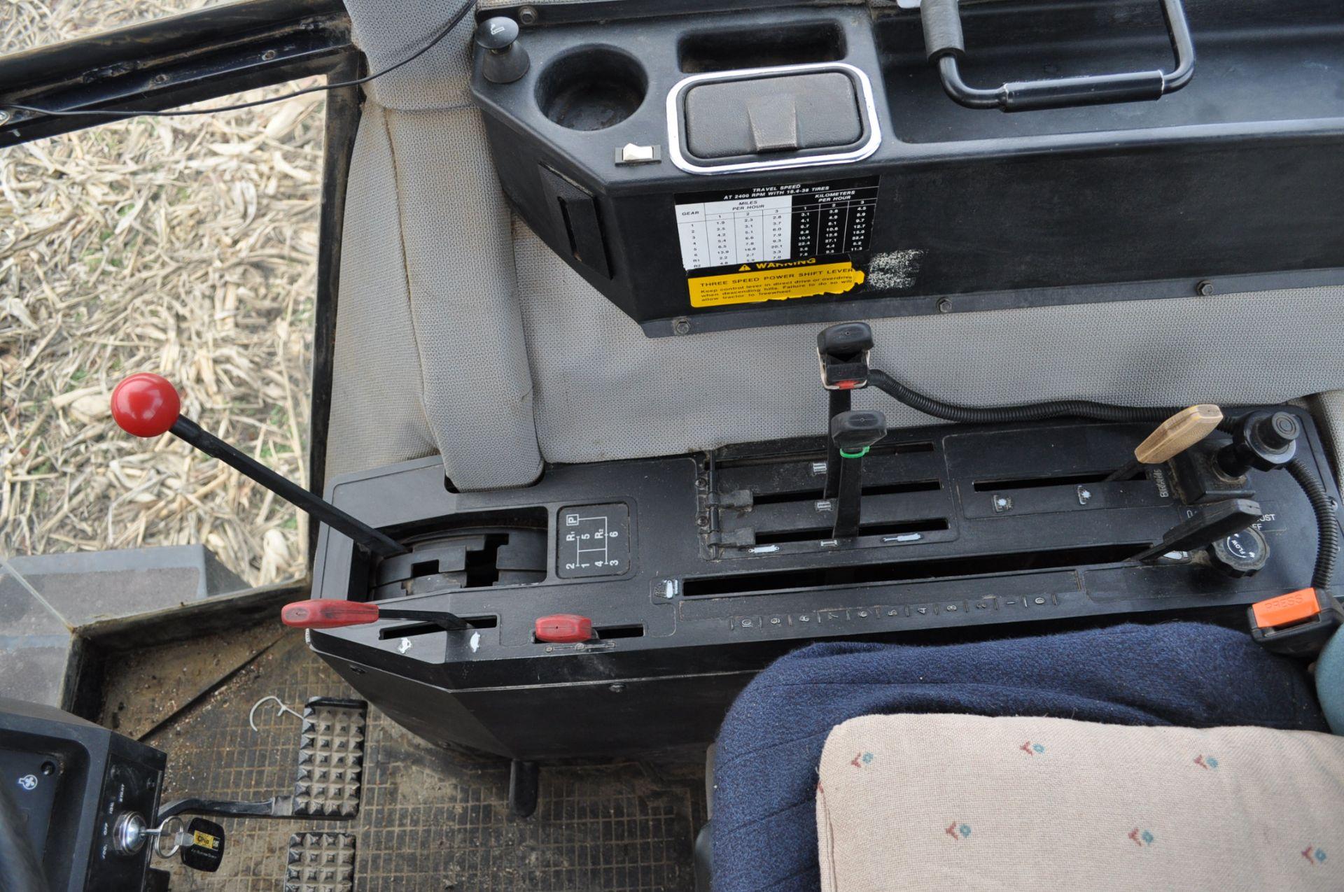 Deutz Allis 9150 tractor, MFWD, 18.4 R 42 duals, 420/85 R 28 tires, 6+3 speed range, 2 hyd - Image 14 of 20