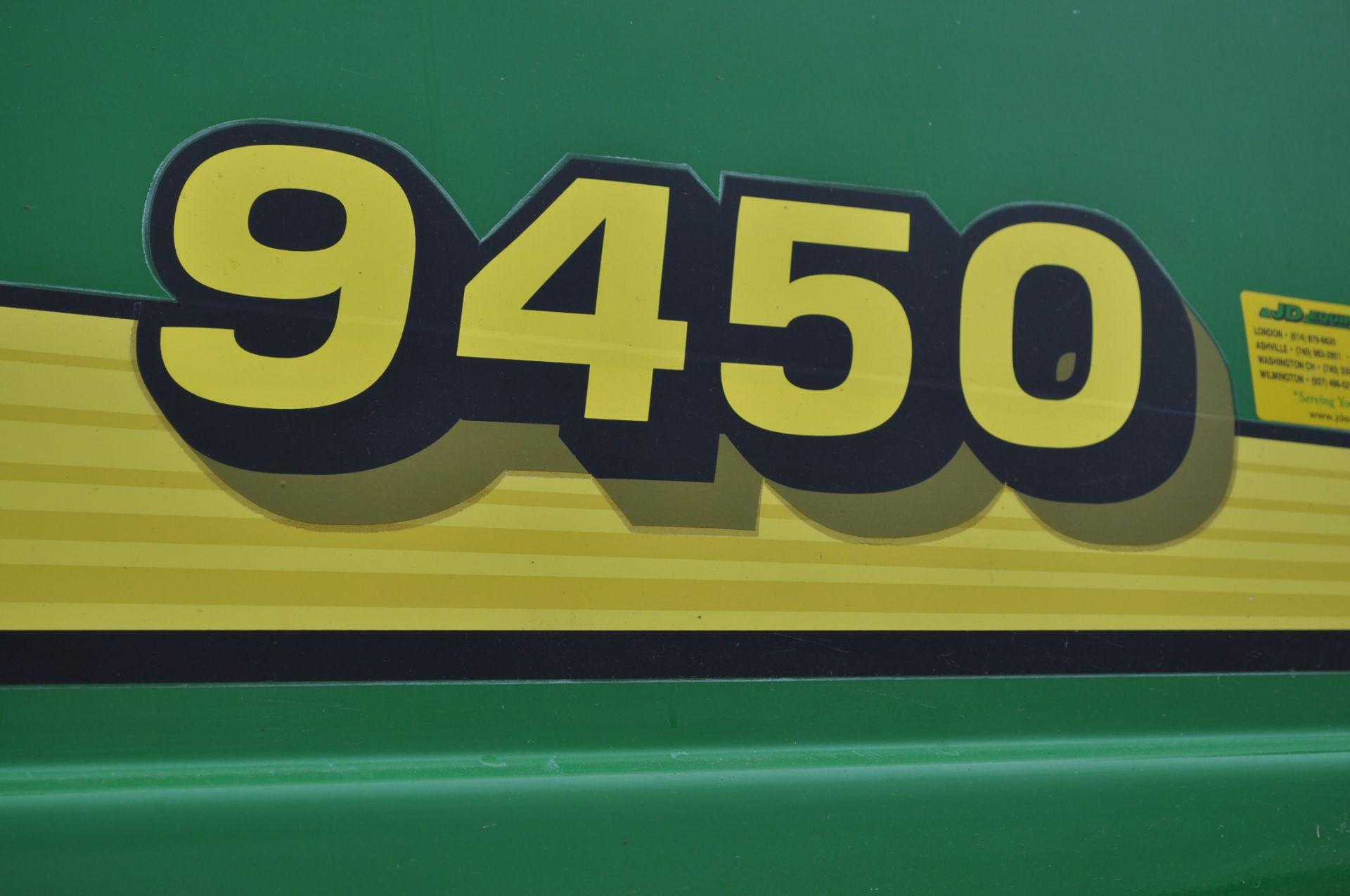 John Deere 9450 combine, 30.5-L32 drive, NEW 14.9-24 rear, chopper, chaff spreader, Mauer bin - Image 9 of 24
